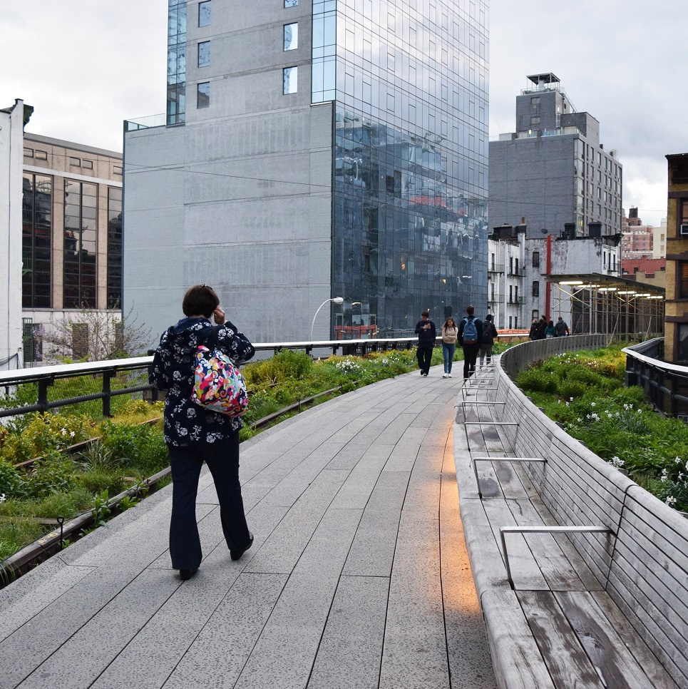 Mobility Placemaking: Implementing Urban Mobility Trails